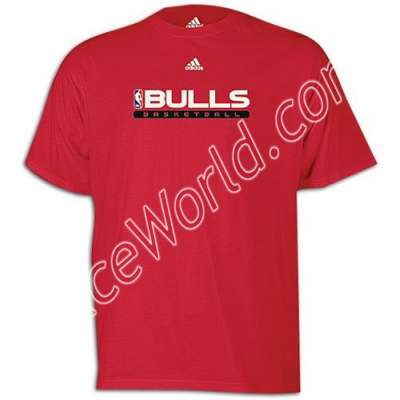Race World: Basketball: NBA Adidas Men's T-shirts: Bulls